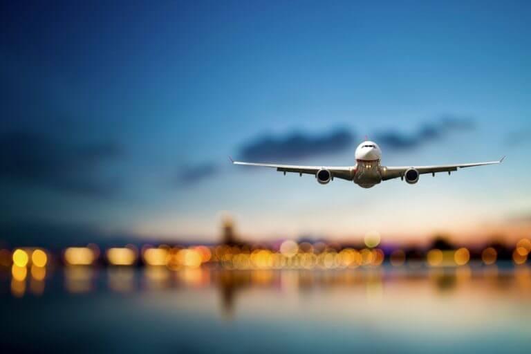 Avião em Nantes
