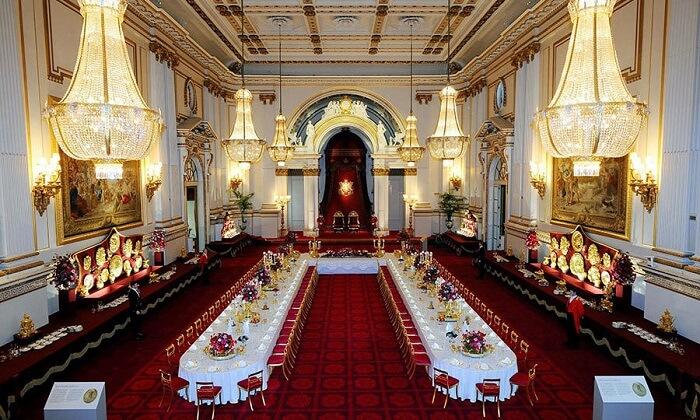 Sala no Interior do Palácio do Príncipe de Mônaco