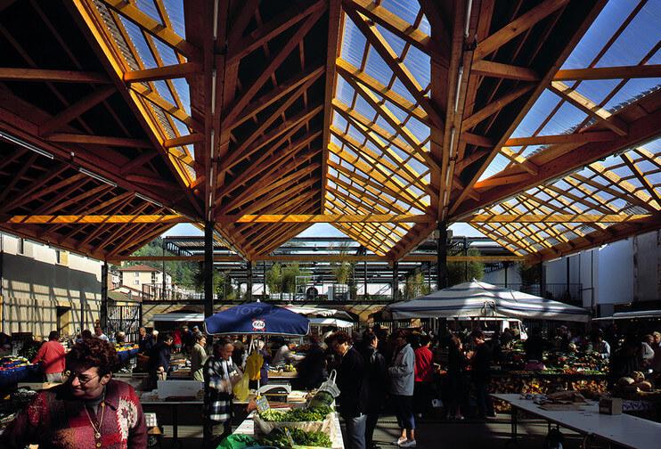 Interior do Mercado Les Halles de Lyon
