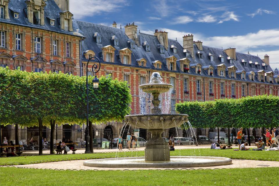 Estrutura da Place des Vosges