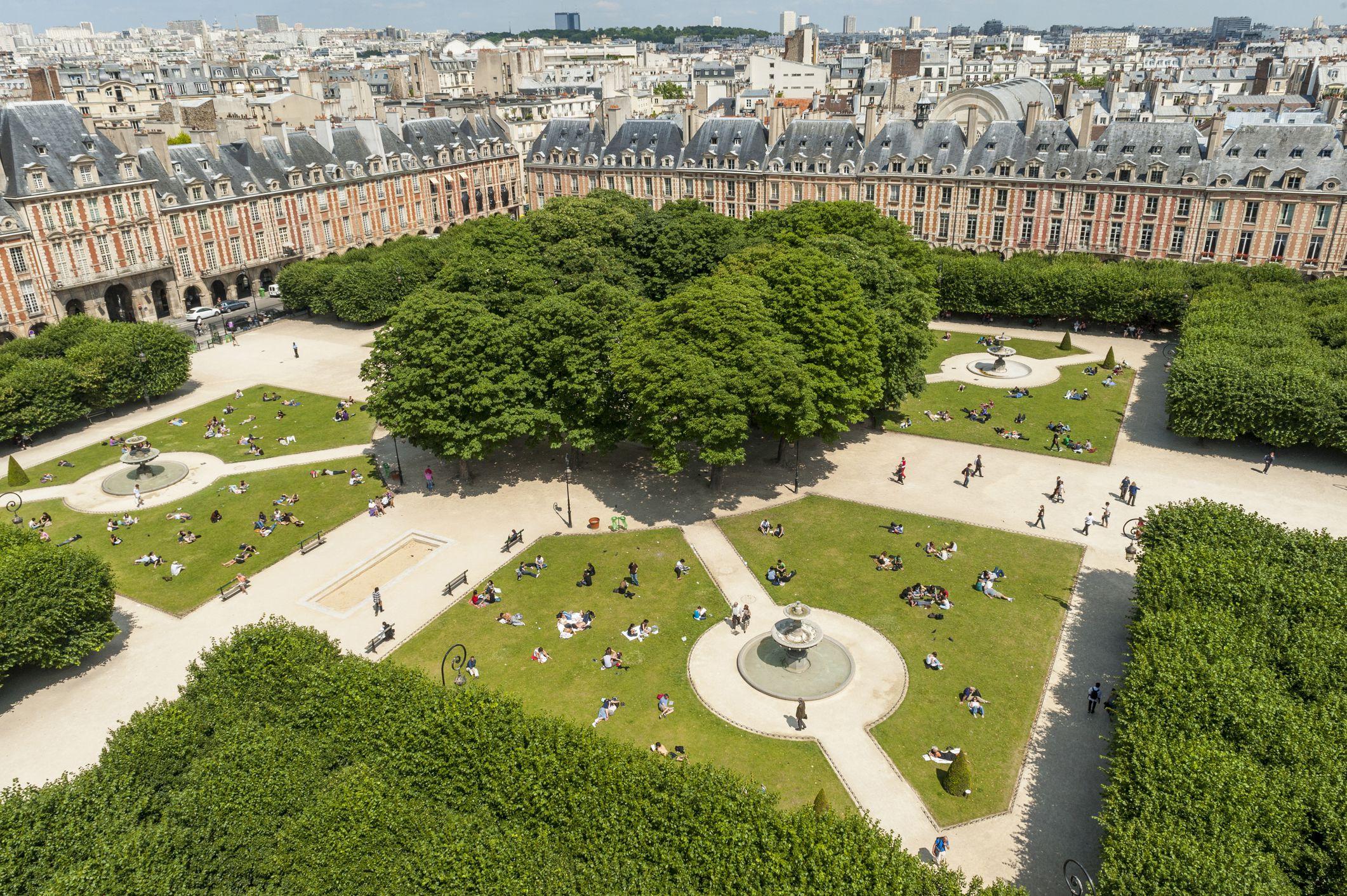 Vista aérea da Place des Vosges