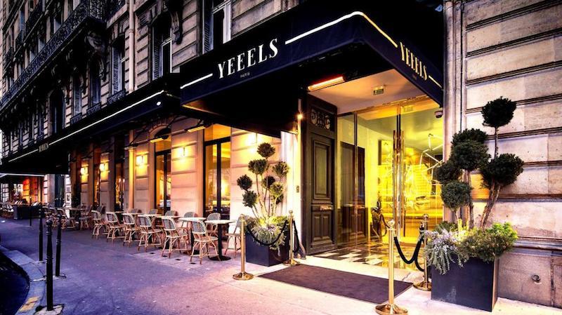 Entrada do Yeeels em Paris