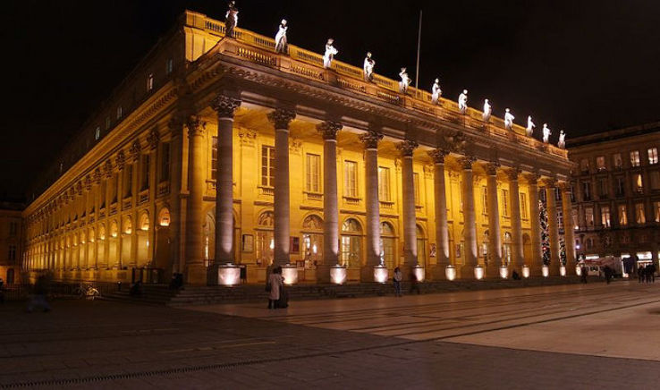 Grand Theatre em Bordéus de noite