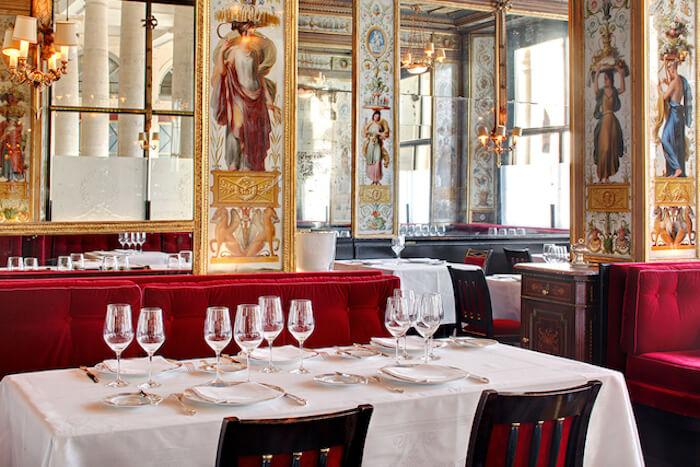 Restaurante Le Grand Véfour em Paris