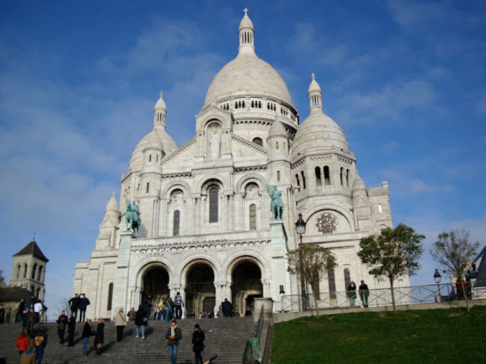 Basílica Sacre Coeur no bairro de Montmartre em Paris