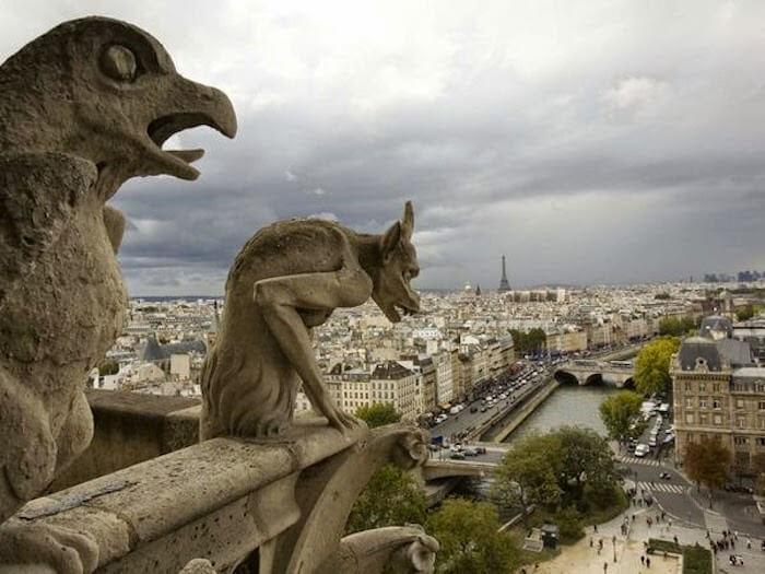 Visita à Catedral de Notre Dame em Paris