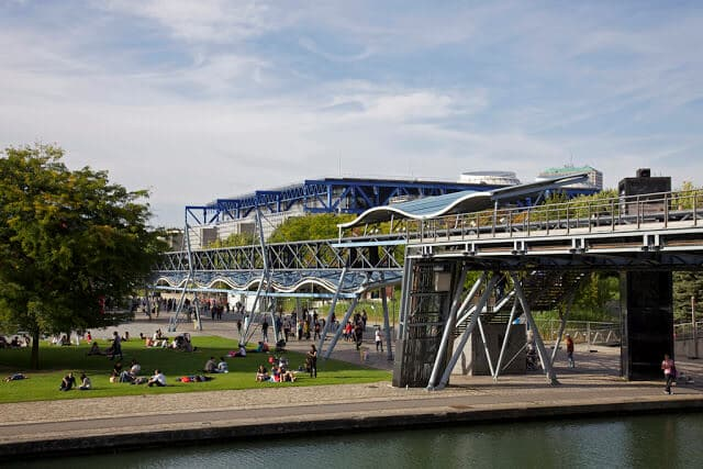 Espaço do Parque La Villette em Paris