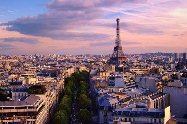 Torre Eiffel em Paris