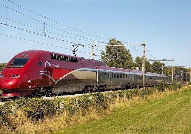 Viagem de trem de Paris a Bruxelas