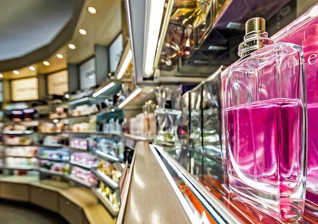 Onde comprar perfumes em Paris