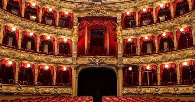 Ópera de Nice Interior