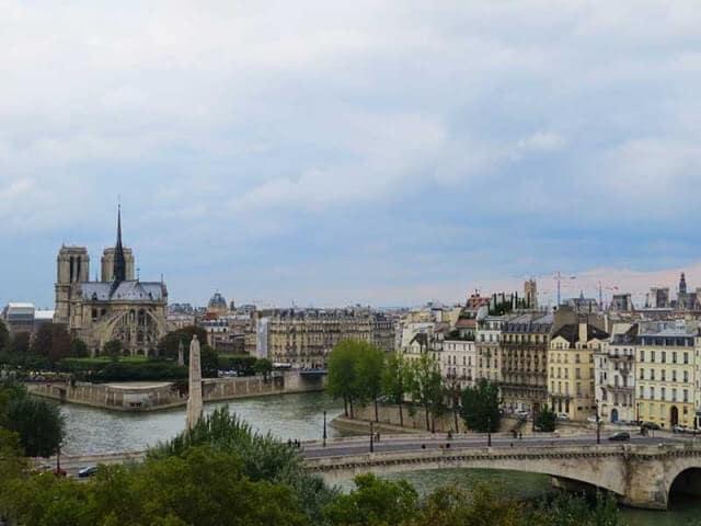 Vista do Instituto do Mundo Árabe em Paris