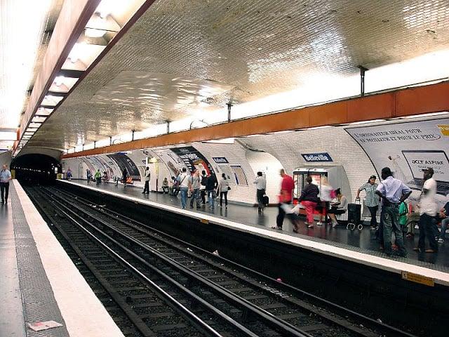 Estação de metrô do bairro Belleville