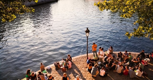 Picnic no rio Sena