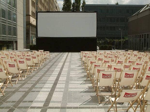 Filme ao ar livre em Paris