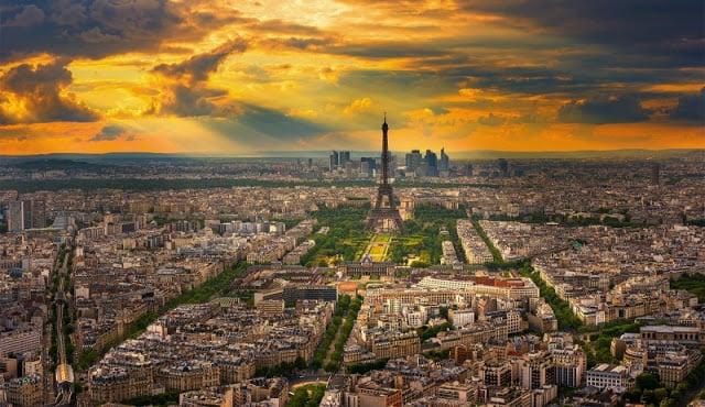 Vista de Paris em Agosto