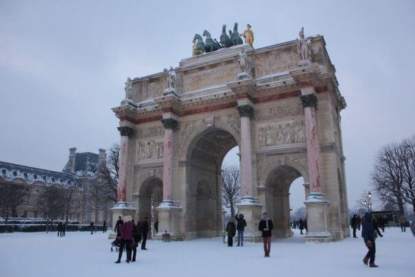 Paris em janeiro com neve
