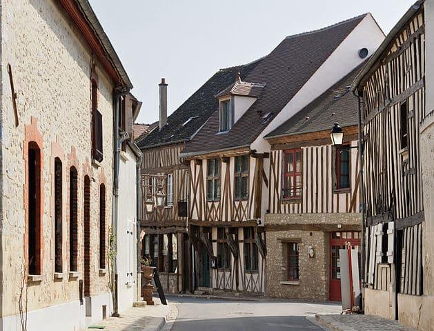 A cidade medieval de Provins perto de Paris