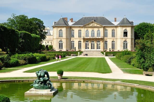 Coleções de arte do museu Rodin em Paris