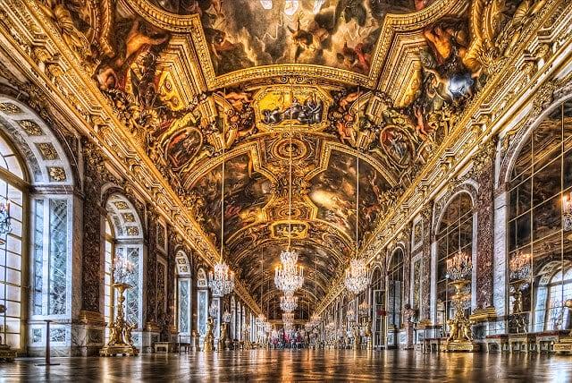 Palácio de Versailles perto de Paris