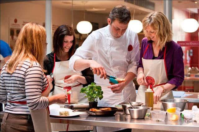 Restaurante L'Atelier des Chefs na Champs-Élysées
