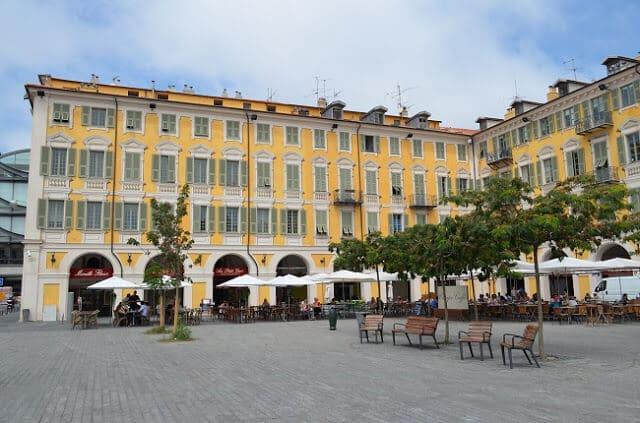 Vista da Praça Garibaldi em Nice