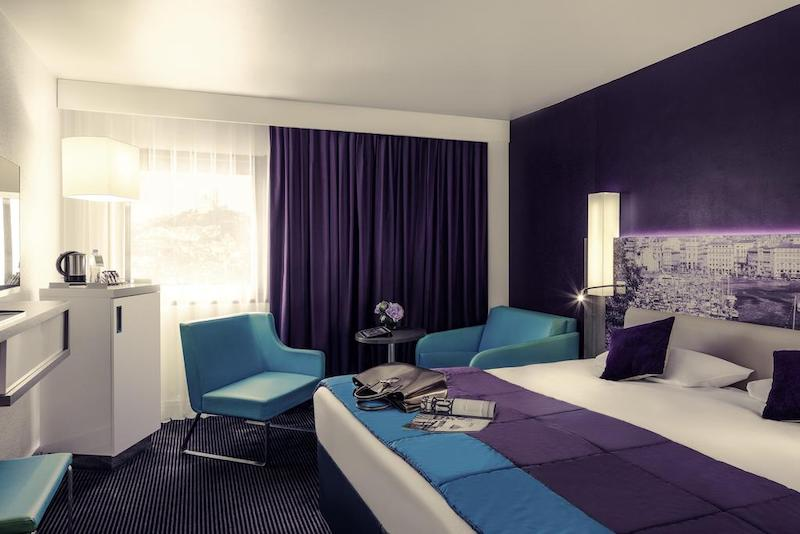 Quarto do Hotel Mercure Marseille Centre Vieux-Port em Marselha
