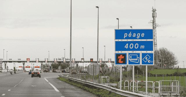 Pedágio nas estradas da França