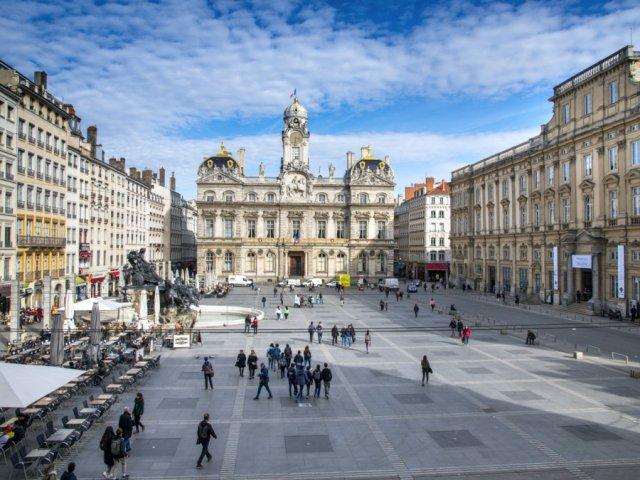 Vista da Praça Place des Terreaux em Lyon