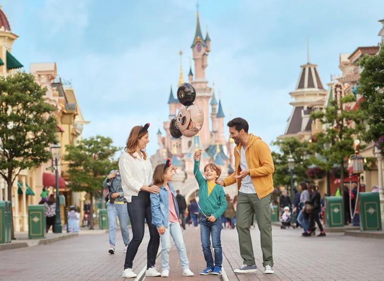 Família na Disneyland Paris