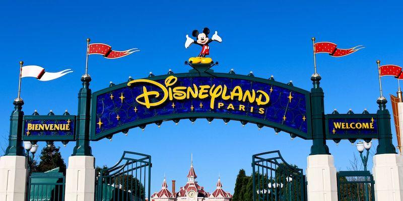 Placa de entrada da Disneyland Paris