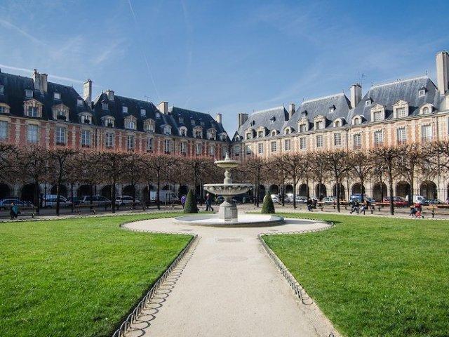Vista da Place des Vosges