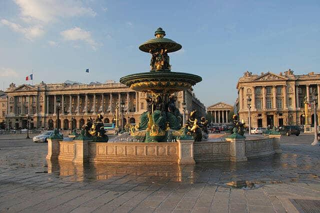 Praça Madeleine em Paris