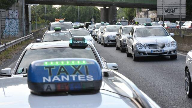Taxi em Nantes