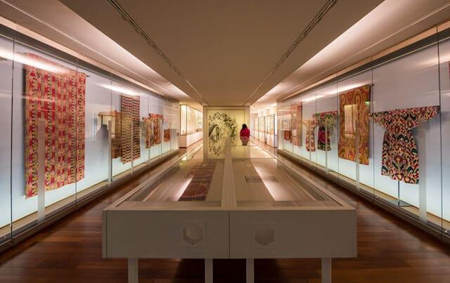 Artesania asiática do Museu Guimet em Paris