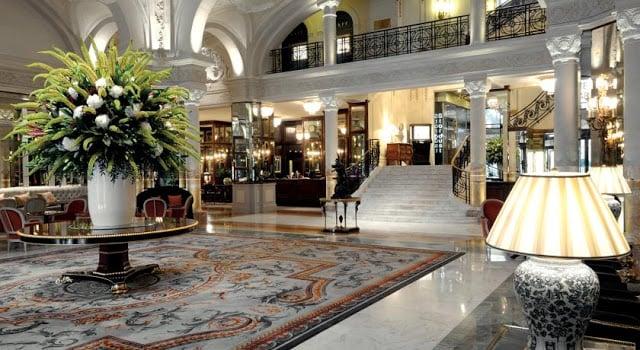 Lobby do Hotel Paris