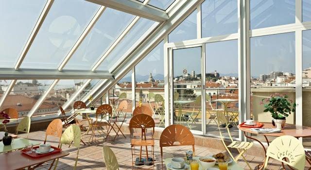 Hotel L'Esterel em Cannes - terraço