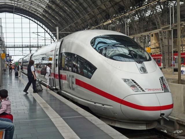 Viagem de trem de Paris a Munique