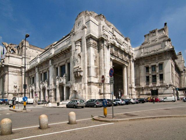 Viagem de trem de Nice a Milão