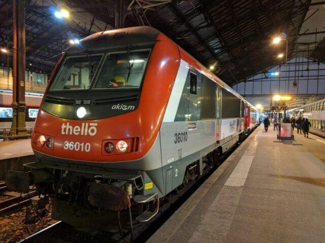 Viagem de trem de Paris a Milão