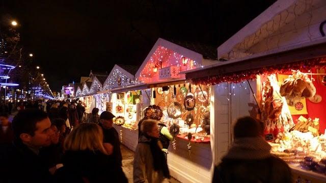 Mercado de Natal - Champs-Élysée
