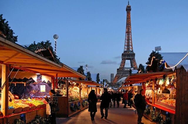 Mercado de Natal em Paris