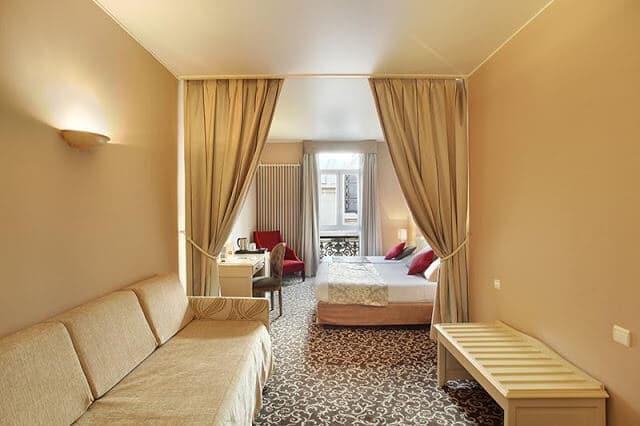 Quarto do Hotel des Augustin