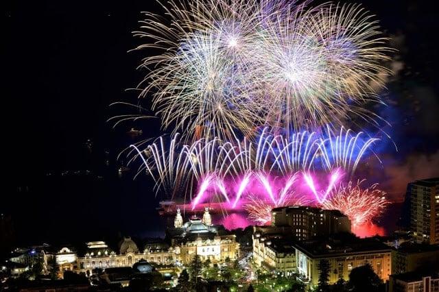 Concurso internacional de fogos de artifício em Mônaco