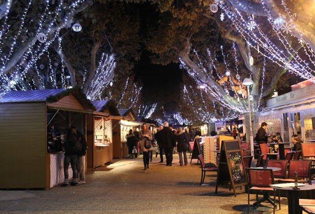 Mercado de Natal em Cannes
