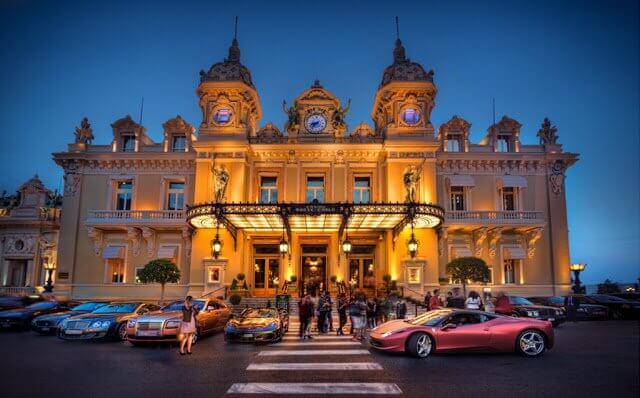 O que fazer à noite em Mônaco
