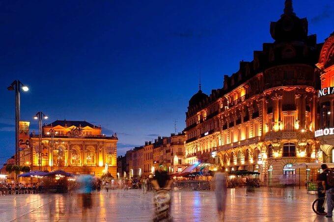 Passeio de ônibus turístico em Montpellier