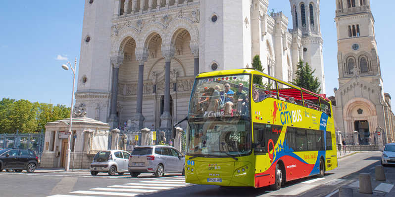 Ônibus turístico de Lyon