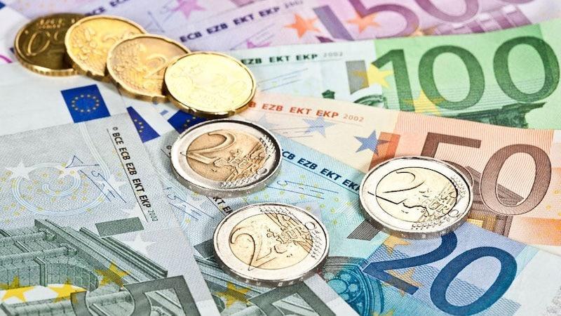 Euros - notas e moedas