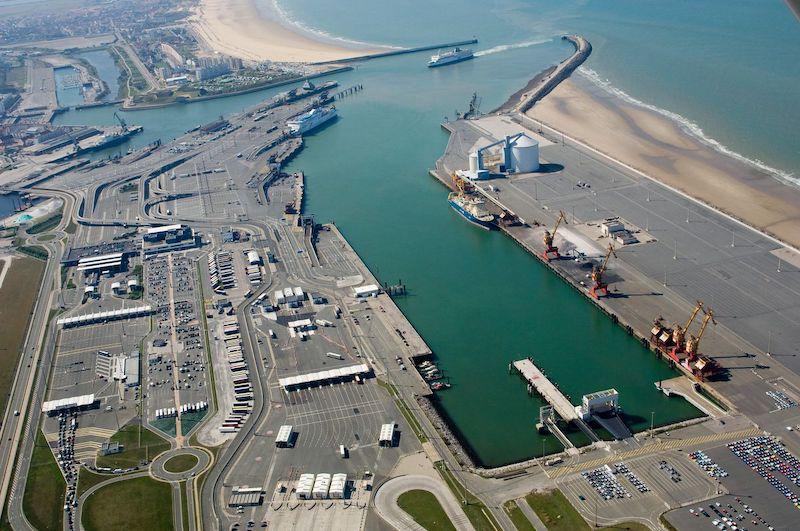 Porto de Calais na França